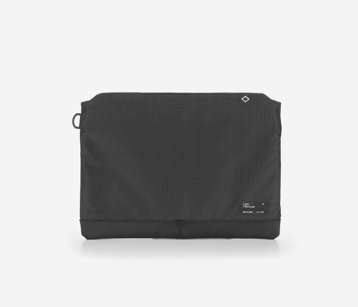 N045 CIVITAS POUCH - BLACK brownbreath
