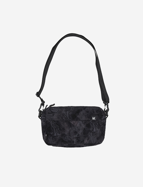 TAG LAF MINI CROSS BAG - BLACK brownbreath