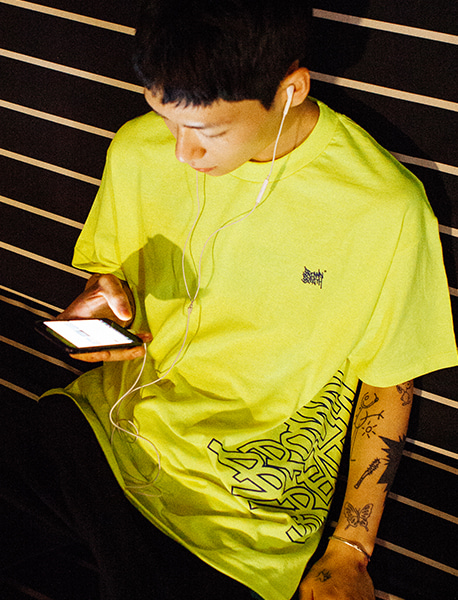 BIG TAG TEE - LIME brownbreath