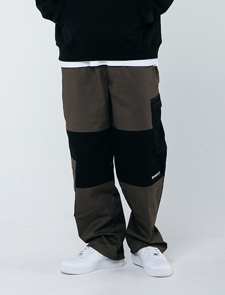 COMPOUND JOGGER PANTS - KHAKI brownbreath